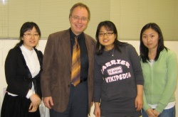 With Korean students, Soul 2007